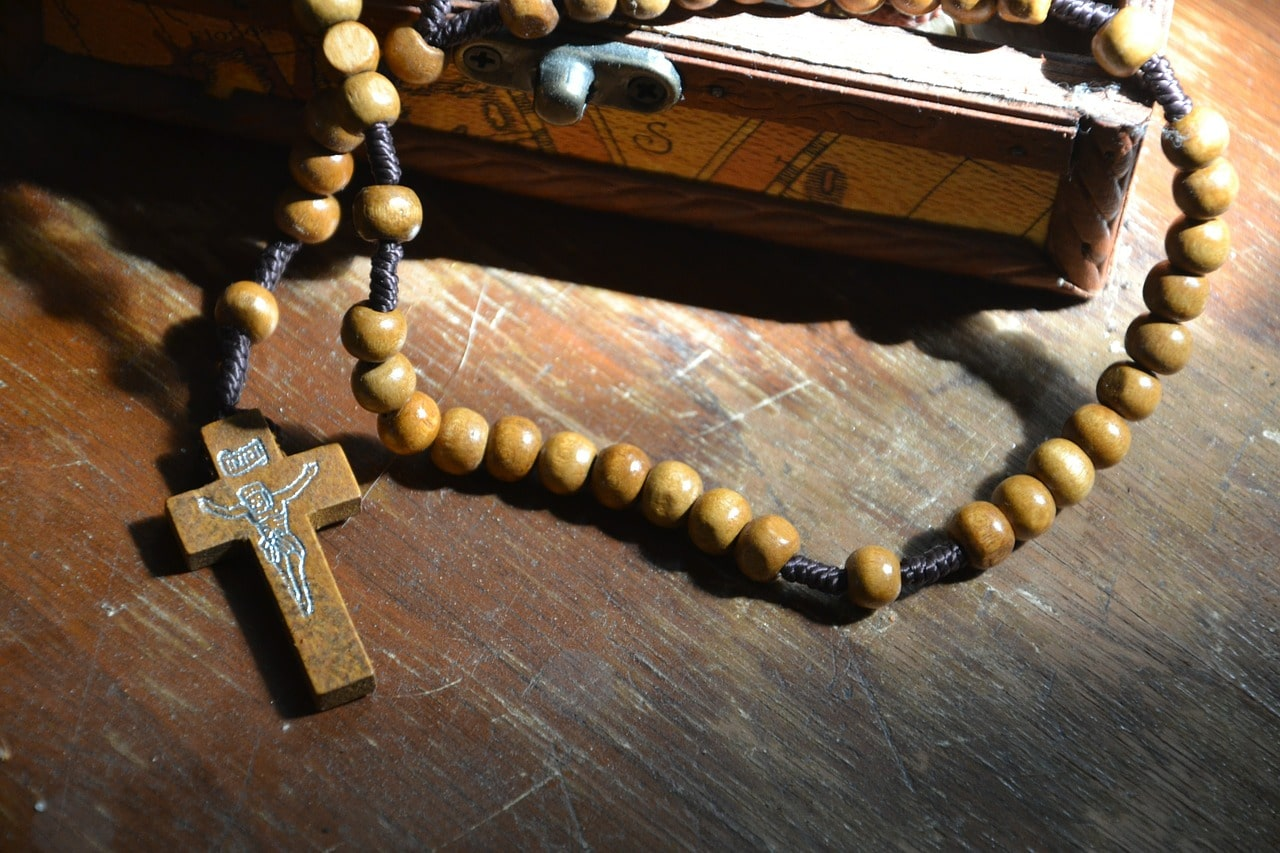 rosary-and-book